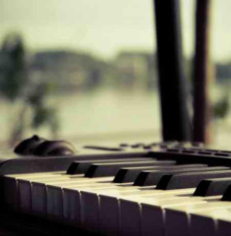 دانلود آهنگ دست دل من رو شده موزیک بازان